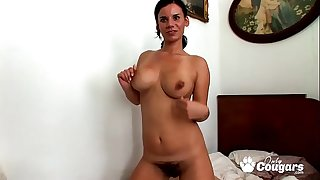 Housewife With A Huge Hairy Bush Makes A Sex Tape