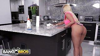 BANGBROS - Lovely Latin Housewife Luna Star Fucked Hard By The Handyman